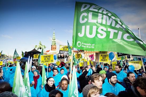 Ir a Miles de personas participan en la Marea humana para exigir Justicia Climática en Copenhague