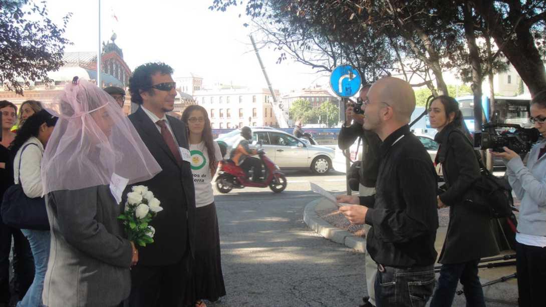 Ir a Enlace matrimonial entre el Ministerio de Medio Ambiente y la industria de los transgénicos