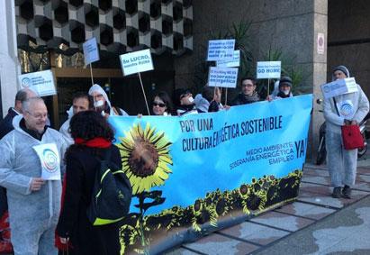 Ir a La Plataforma por un nuevo modelo energético pide que se prohiba el fracking en España