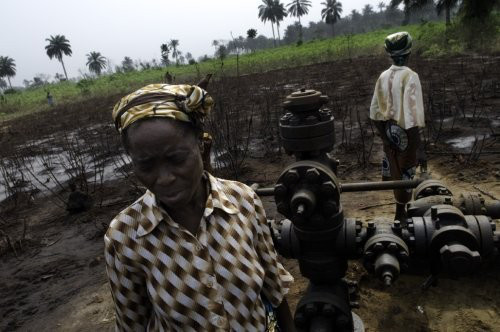 Ir a Shell recibe fuertes críticas por sus declaraciones de sabotaje a oleoductos del Delta del Níger