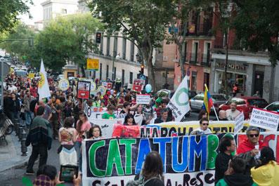 Ir a Stop Monsanto: miles de personas en más de 500 ciudades de todo el mundo marchan contra los transgénicos