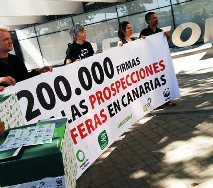 Ir a Más de 200.000 contra las prospecciones en Canarias