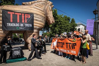 Ir a El Parlamento Europeo suspende la votación y el debate a la resolución del TTIP debido a la presión ciudadana