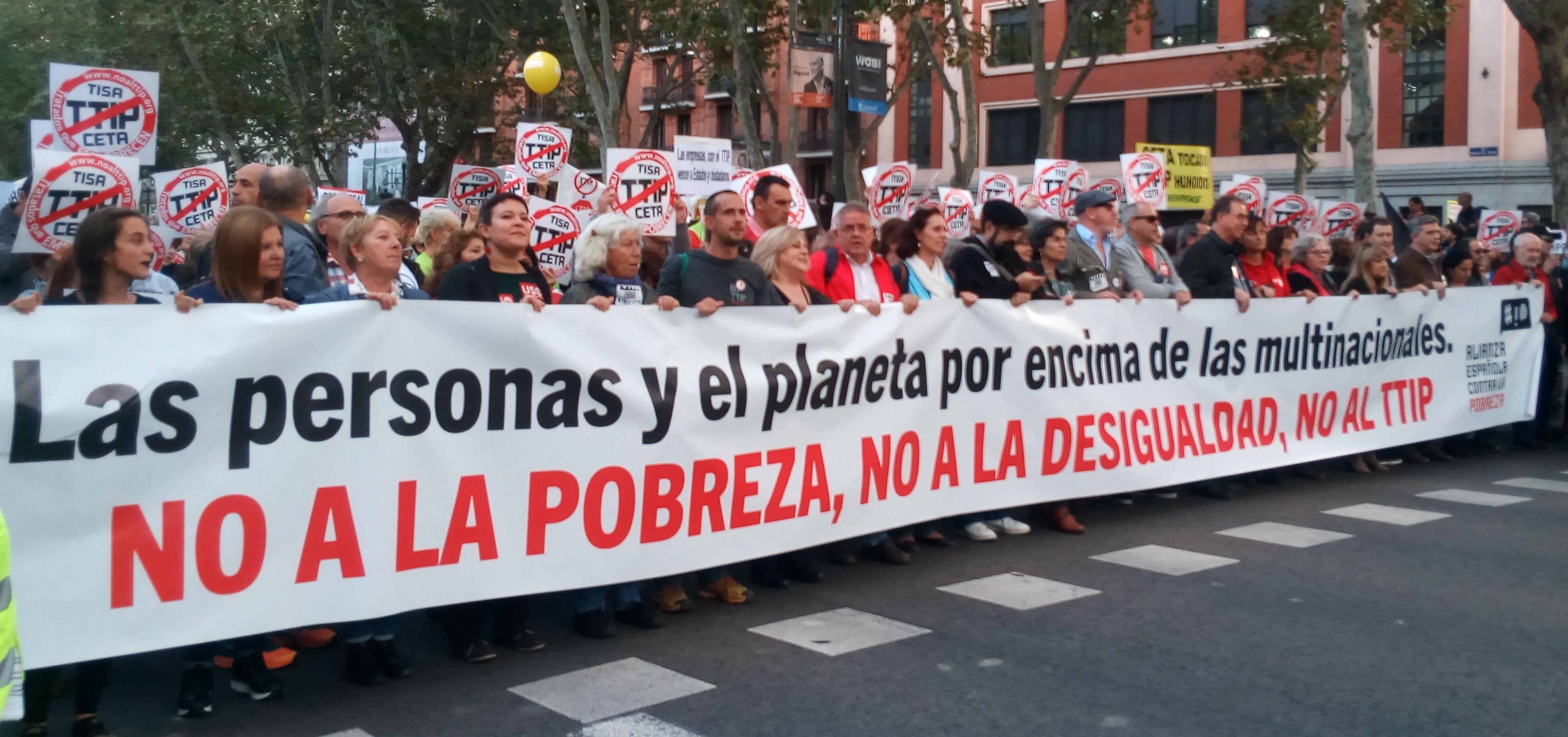 Ir a Exigiendo el fin de las políticas que generan pobreza y contra el TTIP, CETA y TiSA