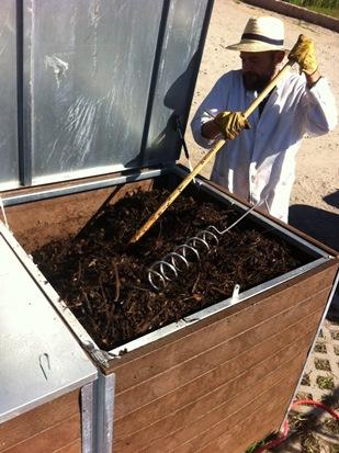 Ir a Proponemos al Ayuntamiento de Madrid hacer compostaje comunitario en todos los huertos urbanos