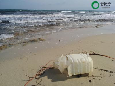 Ir a Eivissa: Salida activa, investigación de plásticos del mar