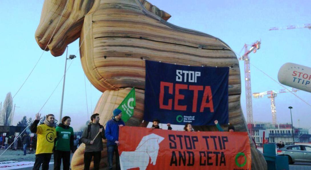 Ir a El CETA entra en vigor: el tratado comercial entre la UE y Canadá atropella a la democracia europea
