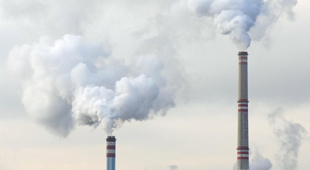 Ir a El Estado español destina 1.000 millones de euros anuales a financiar la generación de cambio climático
