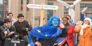 protesta de Friends of the Earth Europa contra la política energética de la Unión Europea