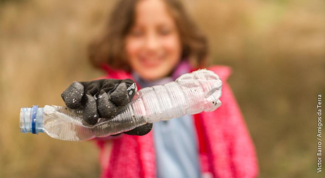 Ir a Pedimos a la ministra García Tejerina que apoye seis medidas concretas para acabar con la contaminación por plásticos