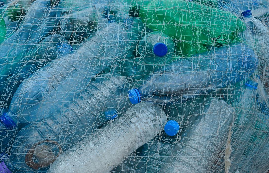 Ir a ¿Qué plantea la directiva para reducir los plásticos de un solo uso?
