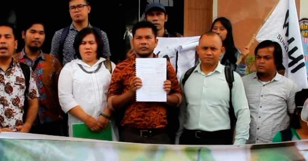 Ir a Justicia para el defensor ambiental de Indonesia, Golfrid Siregar
