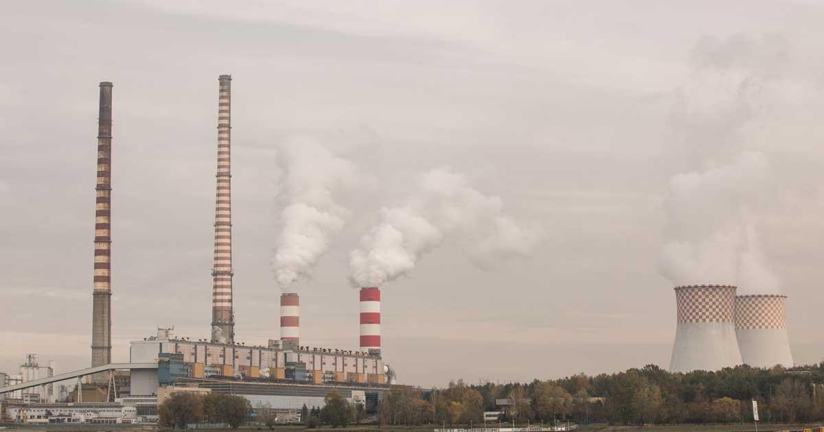 """Ir a La plataforma de ONG medioambientales """"Un futuro sin carbón"""" recuerda a empresas, bancos y Gobierno que deben cumplir con sus compromisos para poner fin al carbón"""