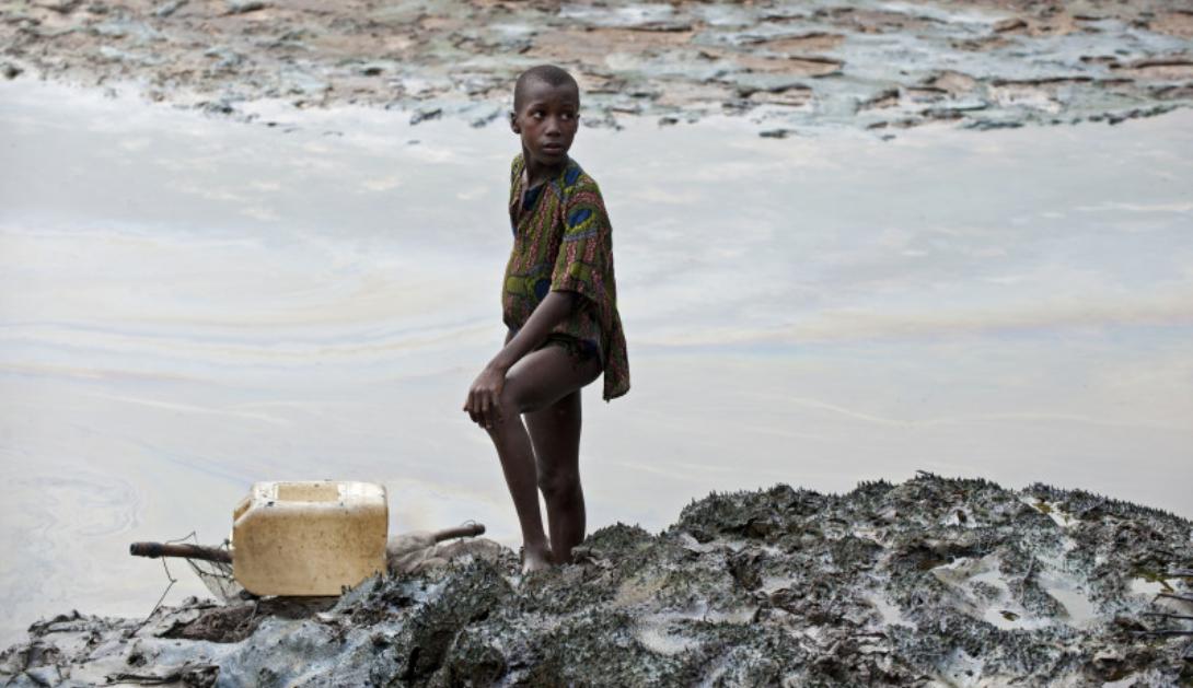 Ir a «Sin limpieza no hay justicia» fracasa la limpieza de la contaminación causada por Shell en el Delta del Níger
