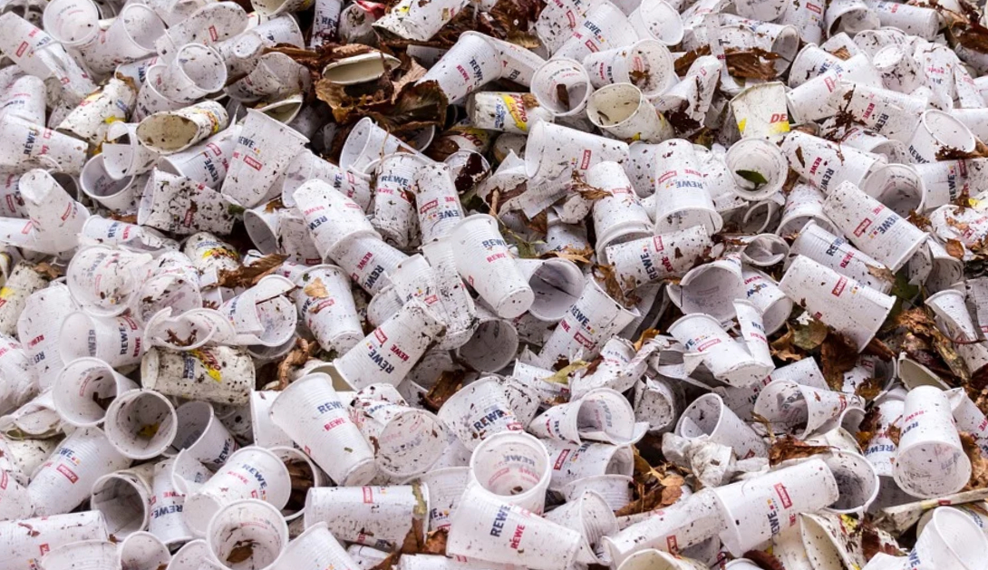 Ir a Diferentes sectores piden más ambición al actual proyecto de Ley de Residuos del ministerio de Teresa Ribera