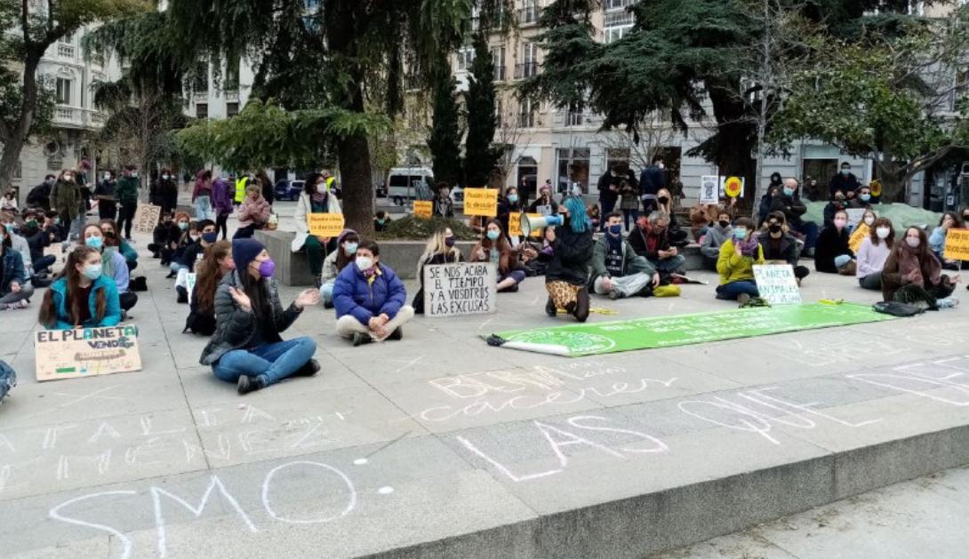 """Ir a Juventud y organizaciones ecologistas nos movilizamos frente a las """"promesas vacías"""""""