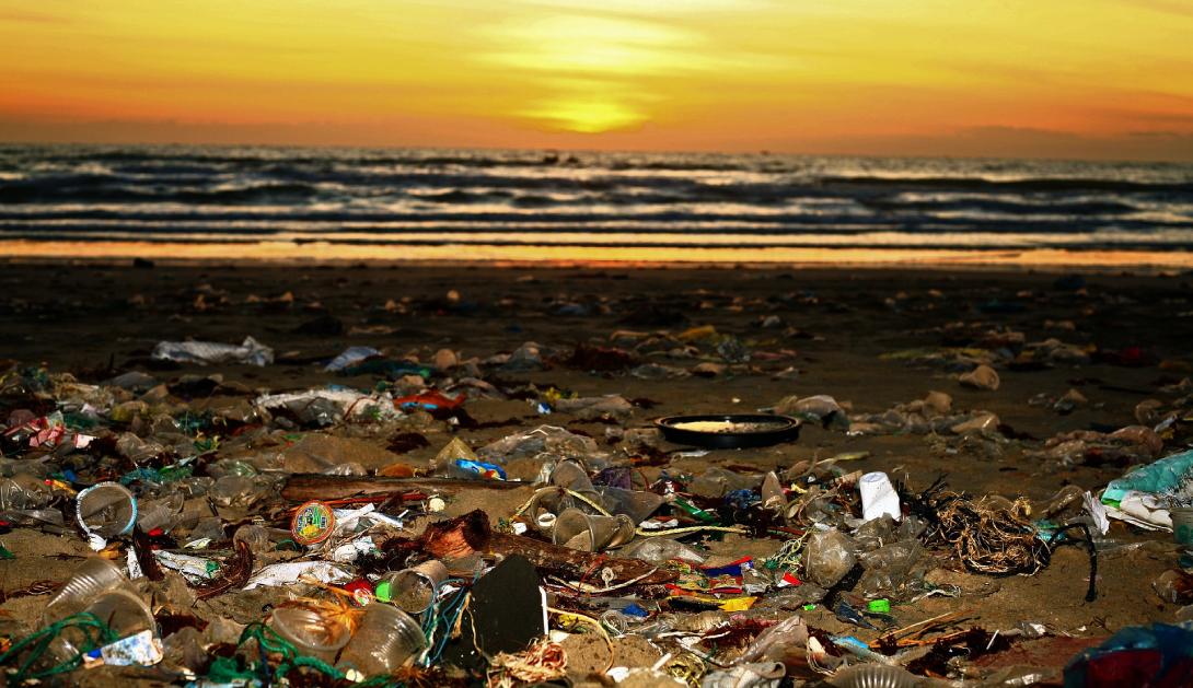 Ir a Lucha contra la contaminación por plásticos:  España, rezagada por su escasa ambición